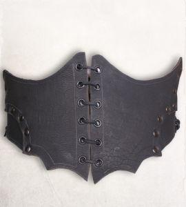Corset large en cuir noir