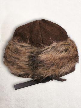 Bonnet en cuir suédé et fourrure