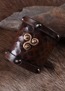 Bracelet en cuir motif Triskel