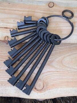 Trousseau de 10 clés en fonte
