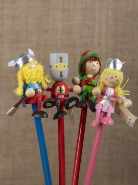 Ensemble crayons et figurines