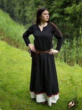 Robe avec surpiqures en noir XL