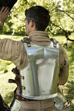 Plaque arrière d'armure en acier
