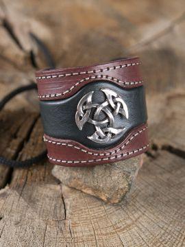 Bracelet en cuir avec Triskèle