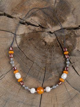 Collier Viking avec perles colorées