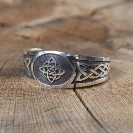 Bracelet celtique en argent massif