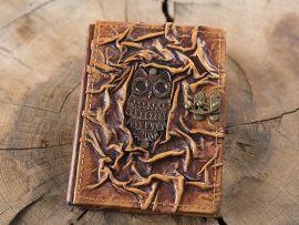 Petit carnet en cuir, motif chouette