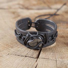 Bracelet en résine fait main orné d'une hématite