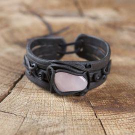 Bracelet orné d'un quartz rose