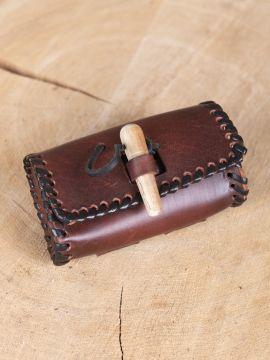 Sacoche de ceinture avec bouchon en bois