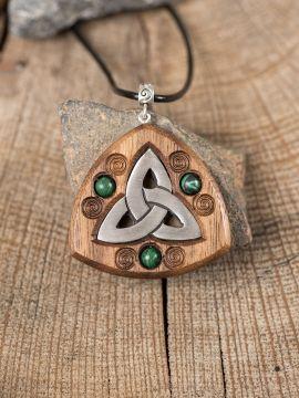 Amulette Triquetra avec perles en malachite