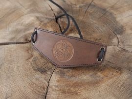 Bracelet Triskele en cuir marron