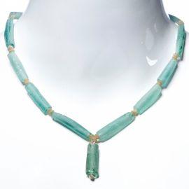 Collier perles de verre bleues