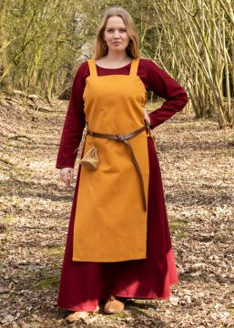 Robe tablier Tinna, en jaune moutarde