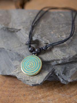 Collier motif spirale, en turquoise