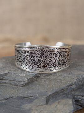 Bracelet large ciselé