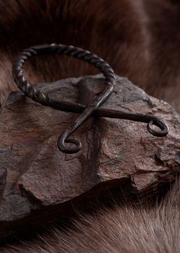 Grand pendentif Croix Troll, torsadé