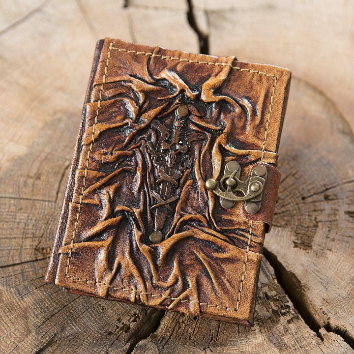 Petit Carnet en cuir, motif Excalibur
