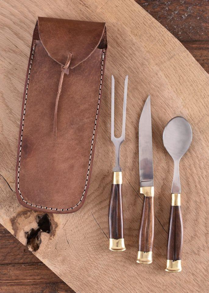 Ménagère médiévale 3 pièces, manche en bois et étui en cuir