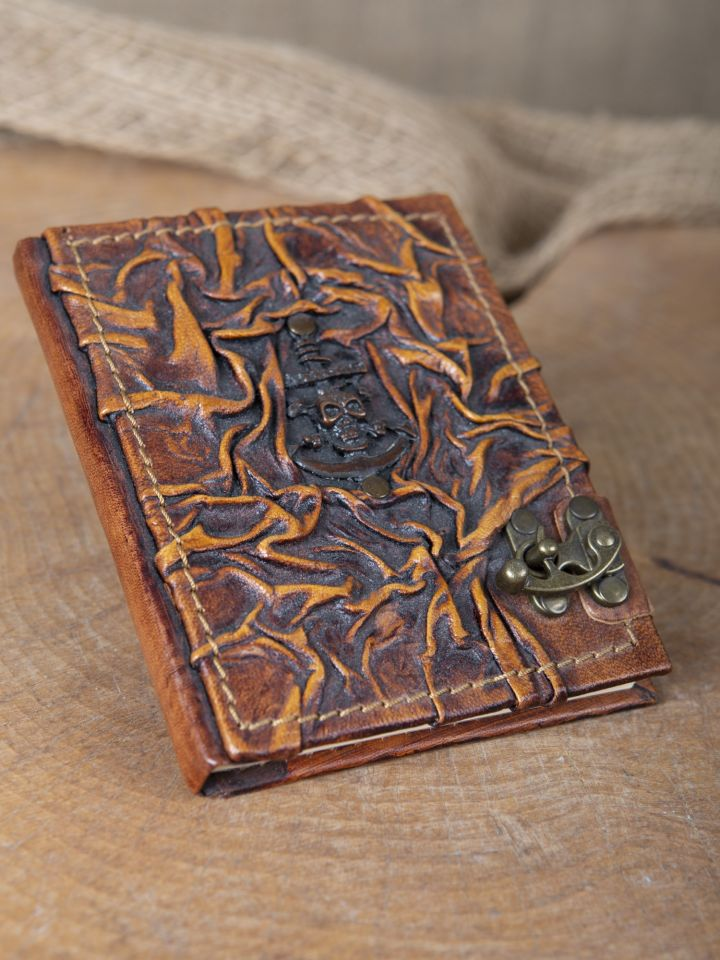 Petit carnet en cuir motif Pirate