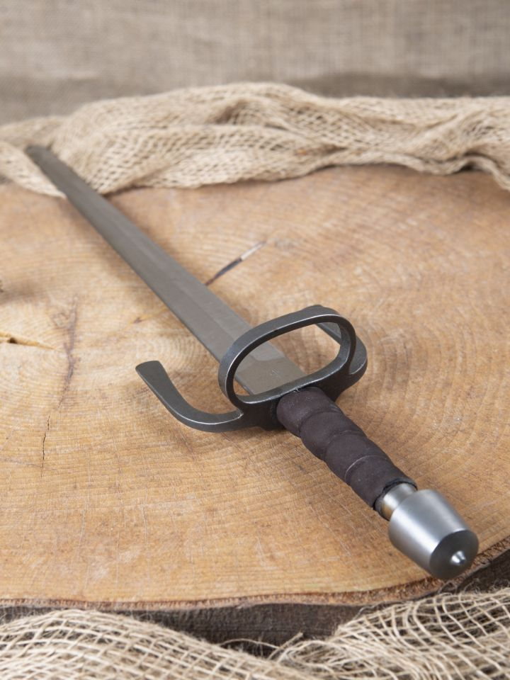 Dague de parade, adaptée au combat