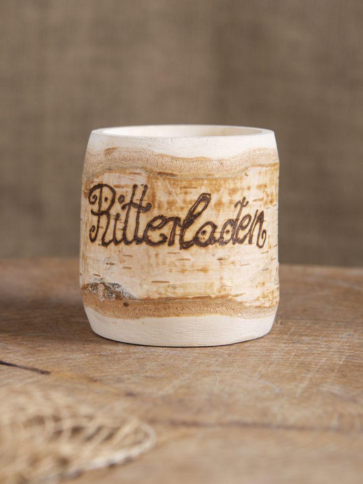 Tasse en bois de bouleau
