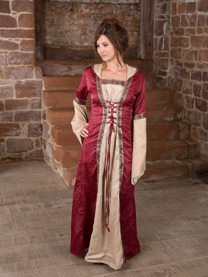 Robe médiévale avec capuche