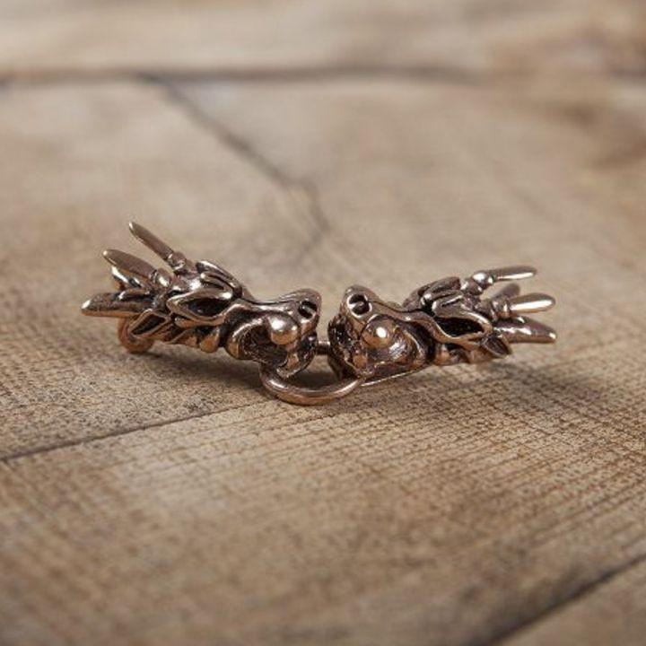 Broche viking à tête de dragon