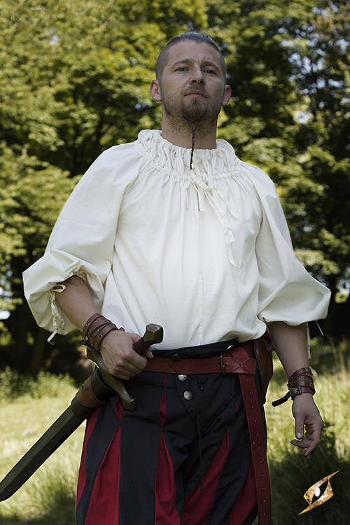 Chemise médiévale froncée au col en blanc écru