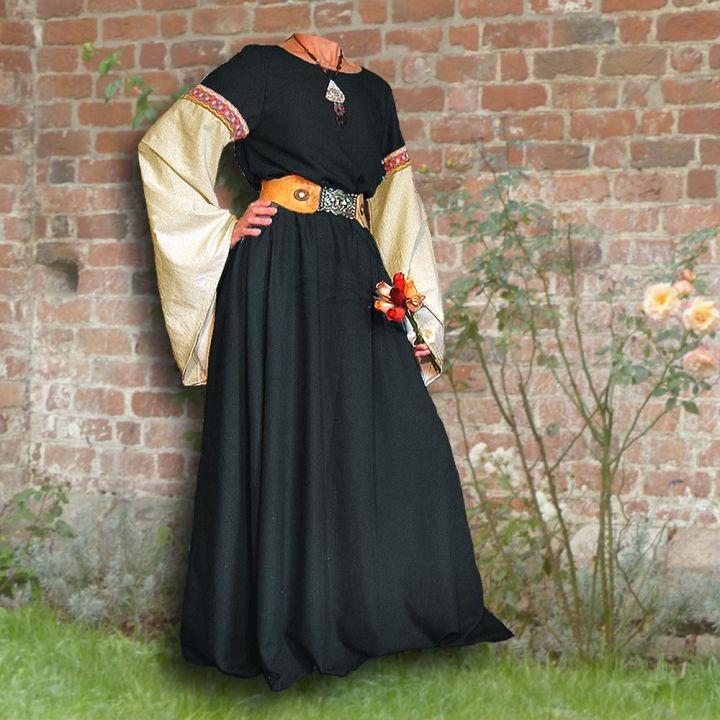 Robe médiévale Johanna à capuche en noir