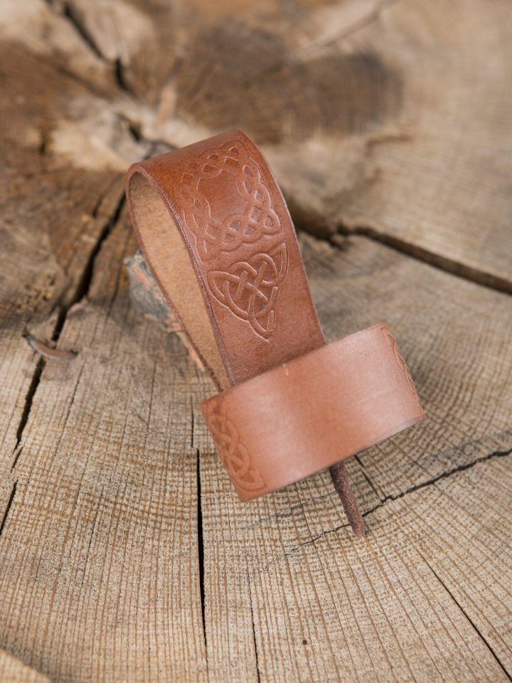 Porte-corne, motifs celtiques, marron