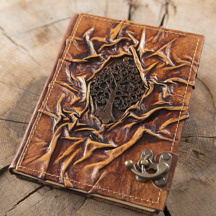 Grand carnet en cuir motif arbre