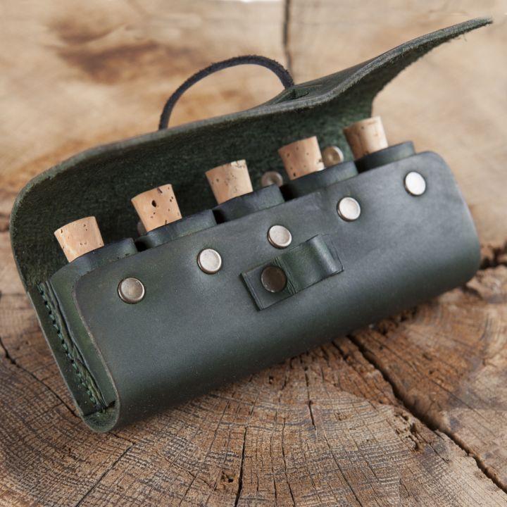 Sacoche de ceinture en cuir, porte flacons en vert