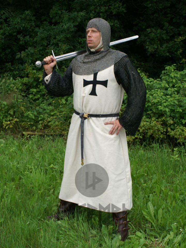 Tunique en laine des chevaliers de l'ordre teutonique