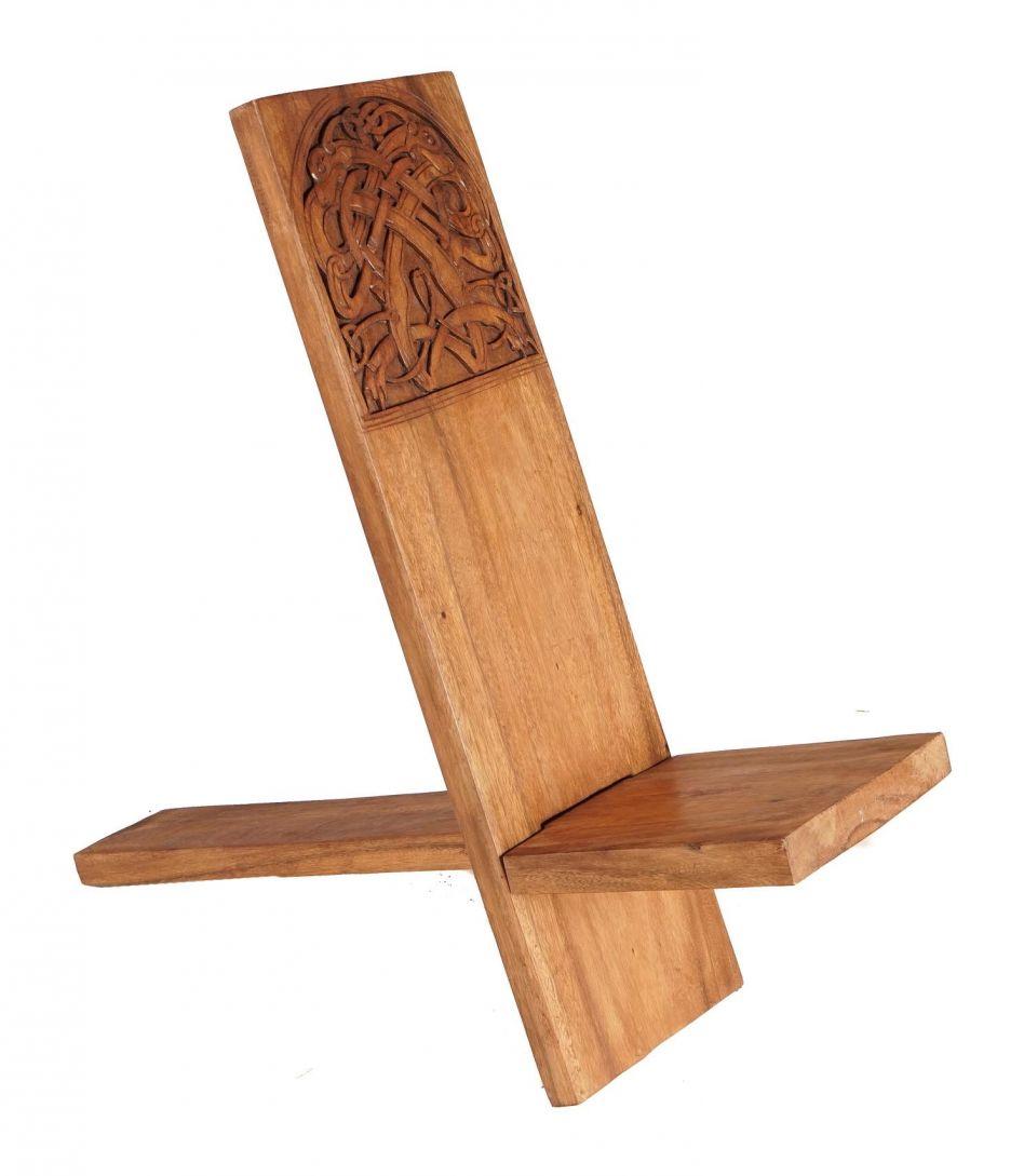 petite chaise viking en bois la boutique m di vale. Black Bedroom Furniture Sets. Home Design Ideas