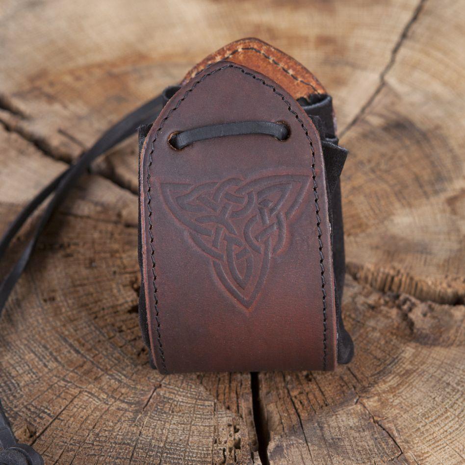 4a40608cf4d7 Sac en cuir noir, motif noeud celtique   La boutique médiévale