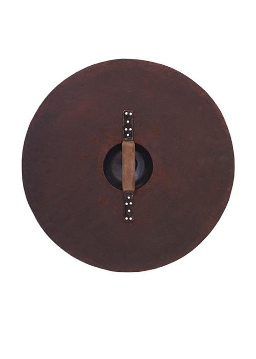 Bouclier en bois et acier 2