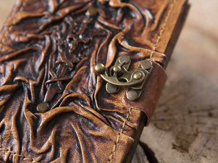 Petit Carnet en cuir, motif Excalibur 2