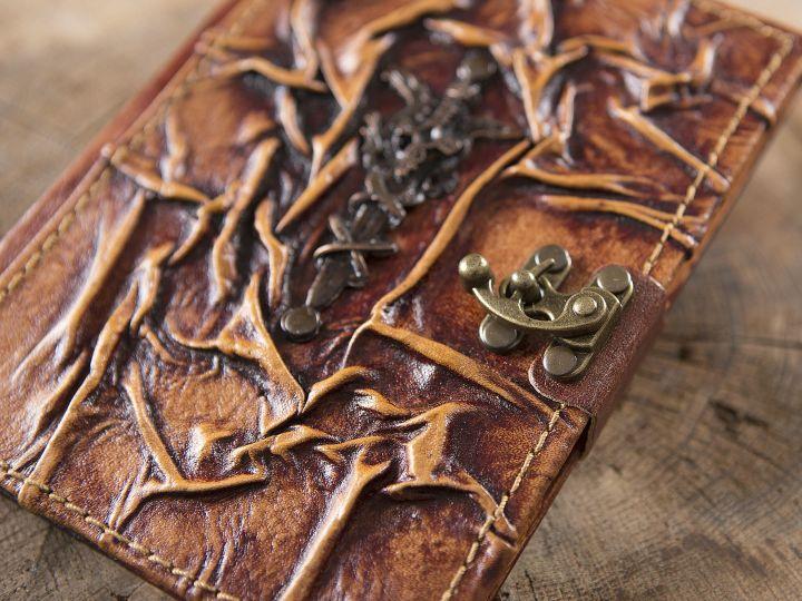 Carnet en cuir Excalibur 2