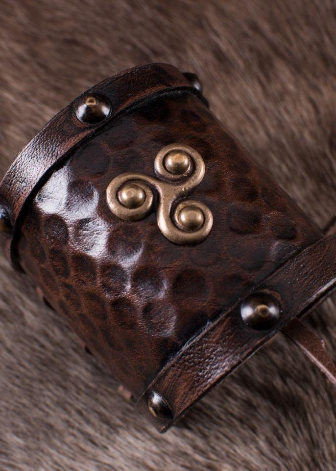 Bracelet en cuir motif Triskel 2