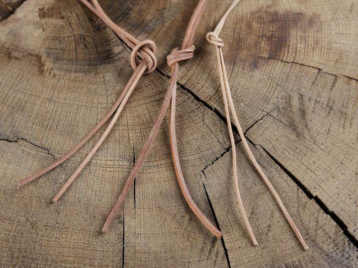 Lacet de cuir de forme ronde ou carrée carré | marron 2
