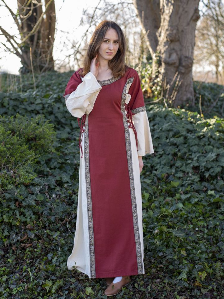 Robe médiévale bicolore à galons 2