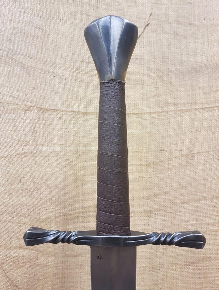 Epée batârde, prête au combat 2