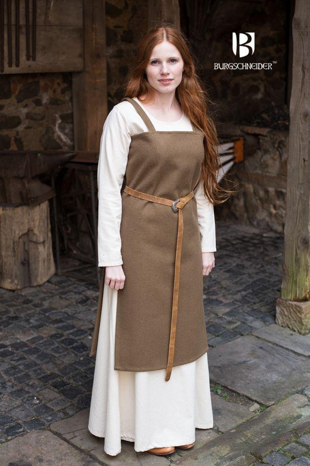 Robe viking Jodis en vert sous-bois 2