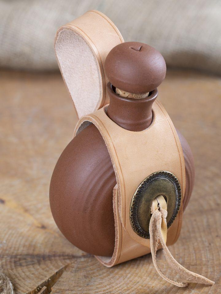 Bouteille en argile émaillée avec sangle en cuir munie d'une boucle de ceinture 2