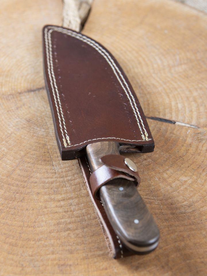Long couteau à large lame 2