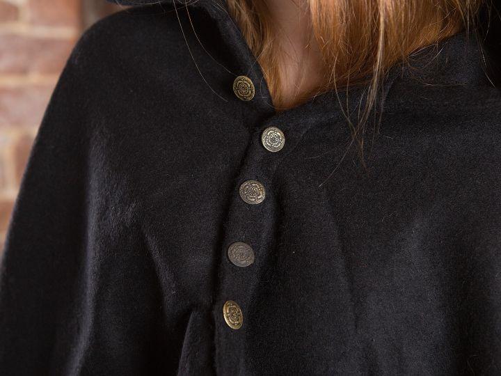 Cape avec boutons métalliques  en noir 2