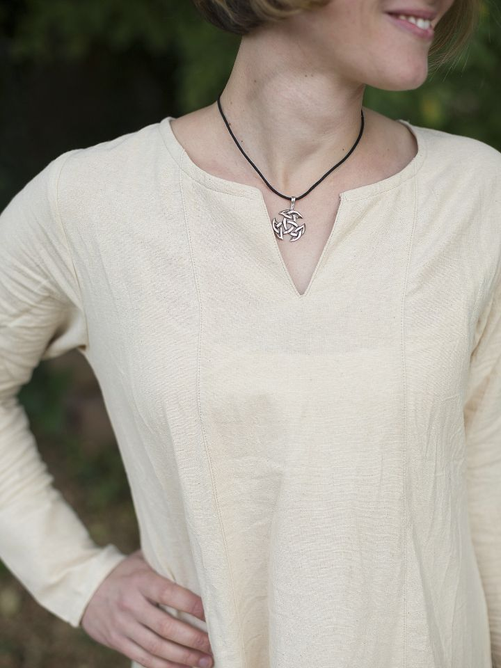 Robe médiévale simple en blanc-écru 2