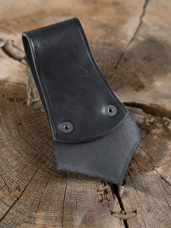 Porte-hache en cuir noir avec anneau 2