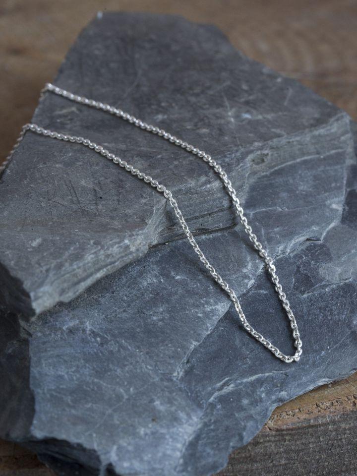 Fine chaîne en argent 50 cm 2